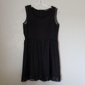 Doe & Rae Black Dress Large